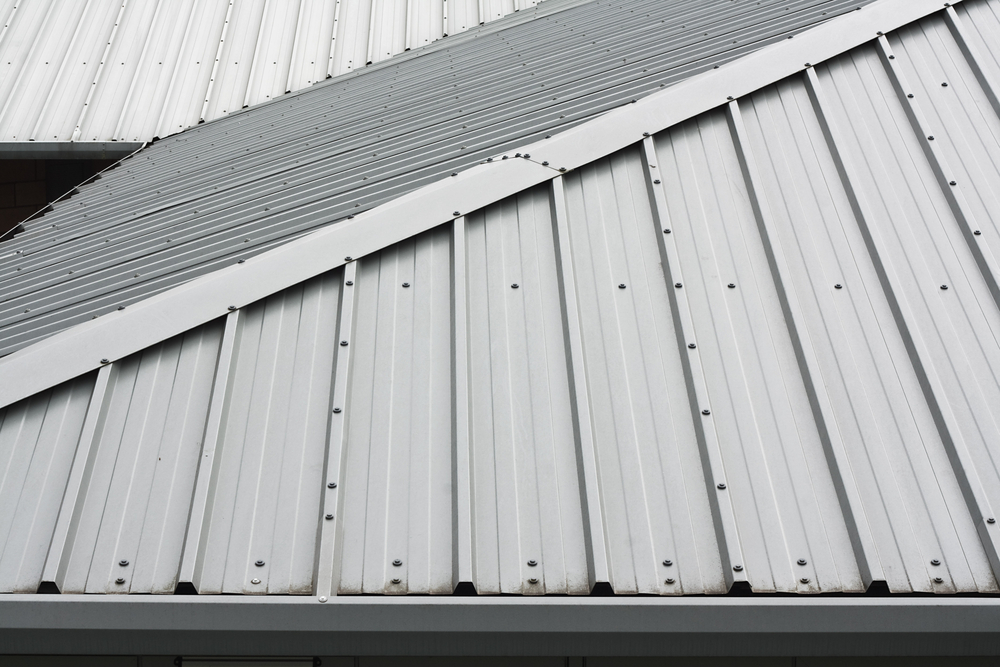 money-saving benefits fabricated metal roofing